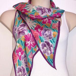 OSCAR DE LA RENTA Floral Multi-Color Silk Scarf